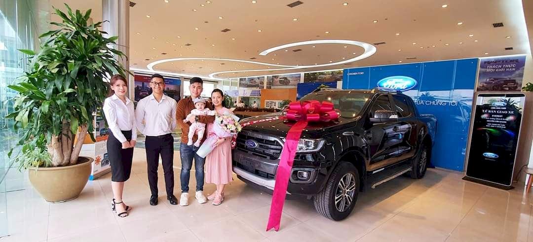 Long Biên triển khai Quy trình FGE trong lễ bàn giao xe Ford cho khách hàng tại Nghệ An năm 2021