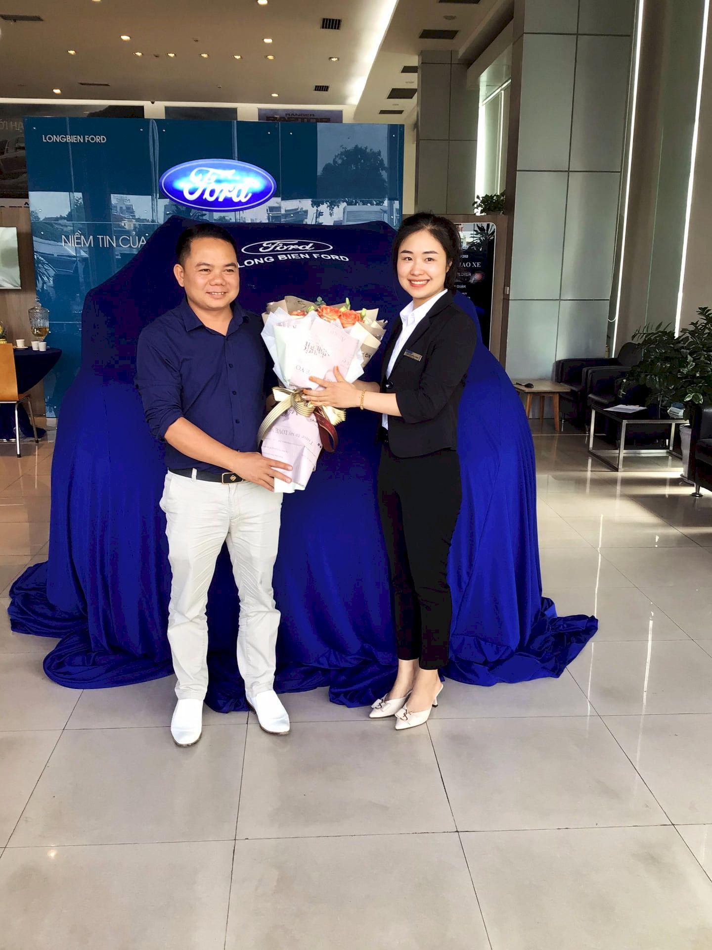 Long Biên triển khai Quy trình FGE trong lễ bàn giao xe Ford cho khách hàng tại Bắc Ninh năm 2021