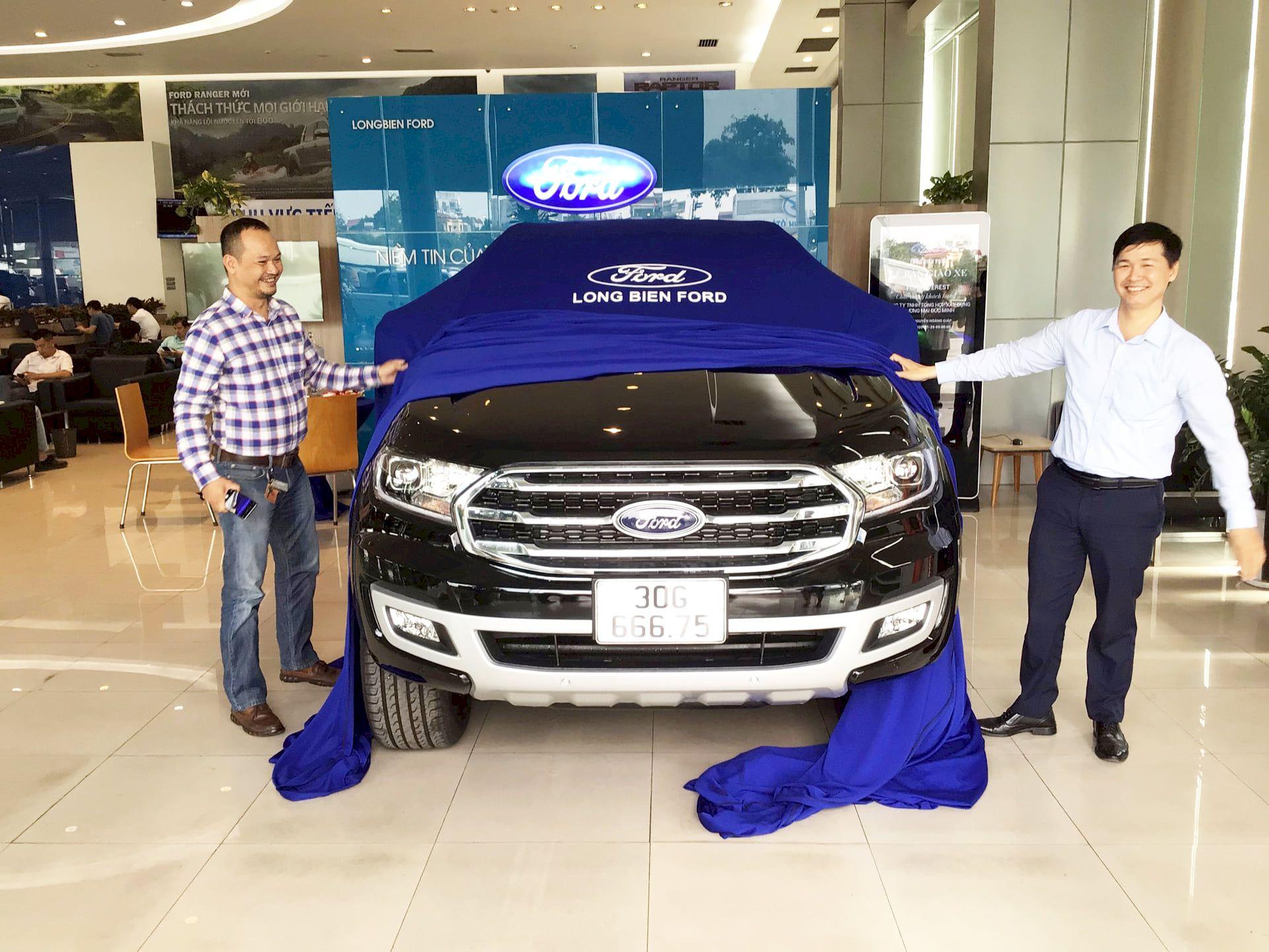 Long Biên triển khai Quy trình FGE trong lễ bàn giao xe Ford cho khách hàng tại Thanh Hóa năm 2021
