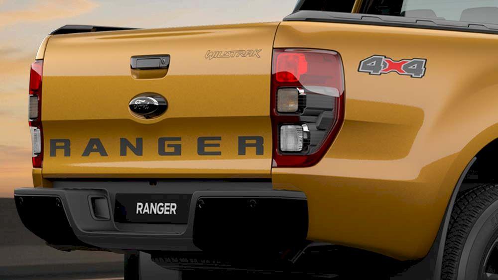 Ford Ranger Wiltrak trang bị tính năng Hỗ trợ Nâng Cửa hậu thùng xe giúp cho việc chất dỡ hàng hóa nhẹ nhàng hơn.
