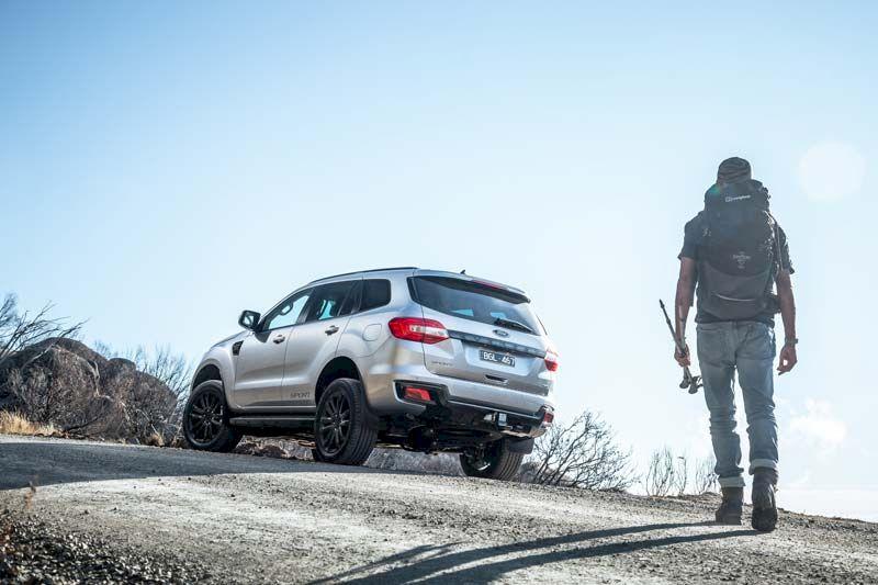 Còn sự lựa chọn nào tốt hơn Ford Everest? Một chiếc xe mạnh mẽ lại tiện nghi cho cả gia đình