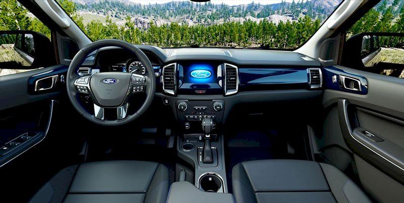Nội thất Ford Everest 2021