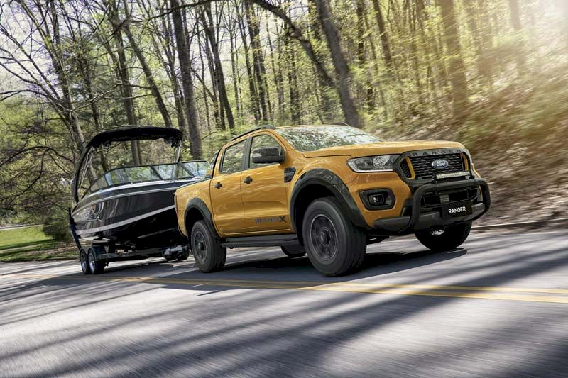 Ford Ranger lắp ráp tại Việt Nam giá tốt hơn bản nhập khẩu?