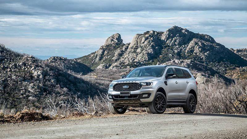 Trong phân khúc SUV 7 chỗ, Ford Everest là một trong những mẫu SUV 7 chỗ đắt khách nhất, nổi bật nhất tại thị trườngô tôViệt Nam