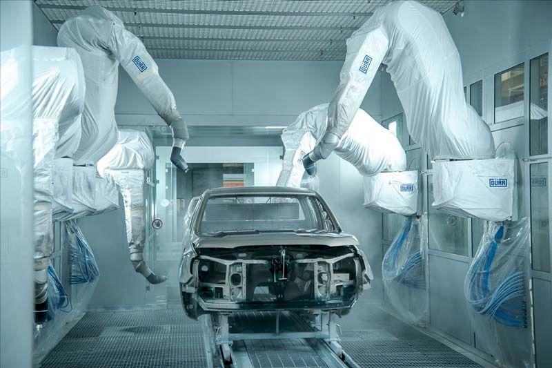 Sử dụng robot hiện đại nhất của tập đoàn Durr (Cộng hòa Liên bang Đức), quy trình sơn mỗi chiếc xe tại nhà máy sẽ được thực hiện hoàn toàn tự động, đảm bảo chất lượng bề mặt sơn, độ dày và độ bóng theo tiêu chuẩn Ford Motor.